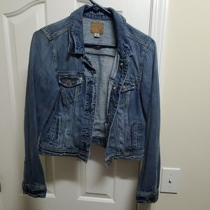 NWOT American Eagle Cropped Jean Jacket